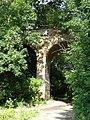 Старий височезний арковий міст - panoramio.jpg
