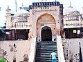 চিত্র-১ খান মোহাম্মদ মৃধা মসজিদের প্রবেশদ্বার.jpg
