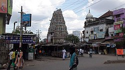 A view of a temple in Virudhunagar in a busy street