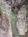 鸳鸯溪峡谷最窄处仅1米 - panoramio.jpg