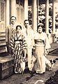 1929臺灣原住民泰雅族領袖樂信.瓦旦(林瑞昌)與妻子日野(林玉華)及哈勇.烏送(高啟順)夫妻於角板村 Indigenous Taiwanese Atayal Leaders Loshin Wadan with Kao Chi-Shun and Wives.JPG