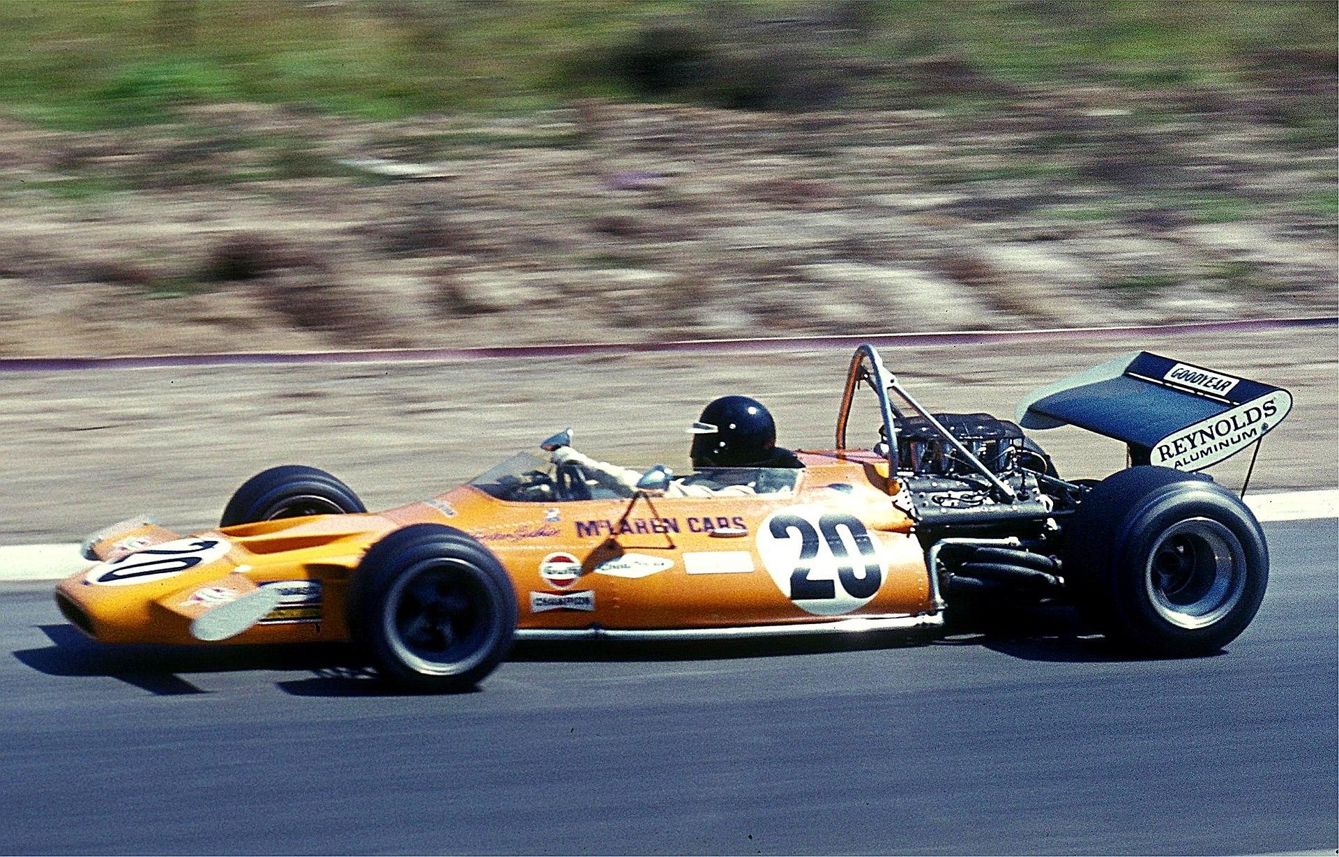 1920px-1971_Peter_Gethin%2C_McLaren.jpg