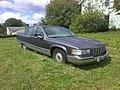 1993-1996 Cadillac Fleetwood 2.jpg