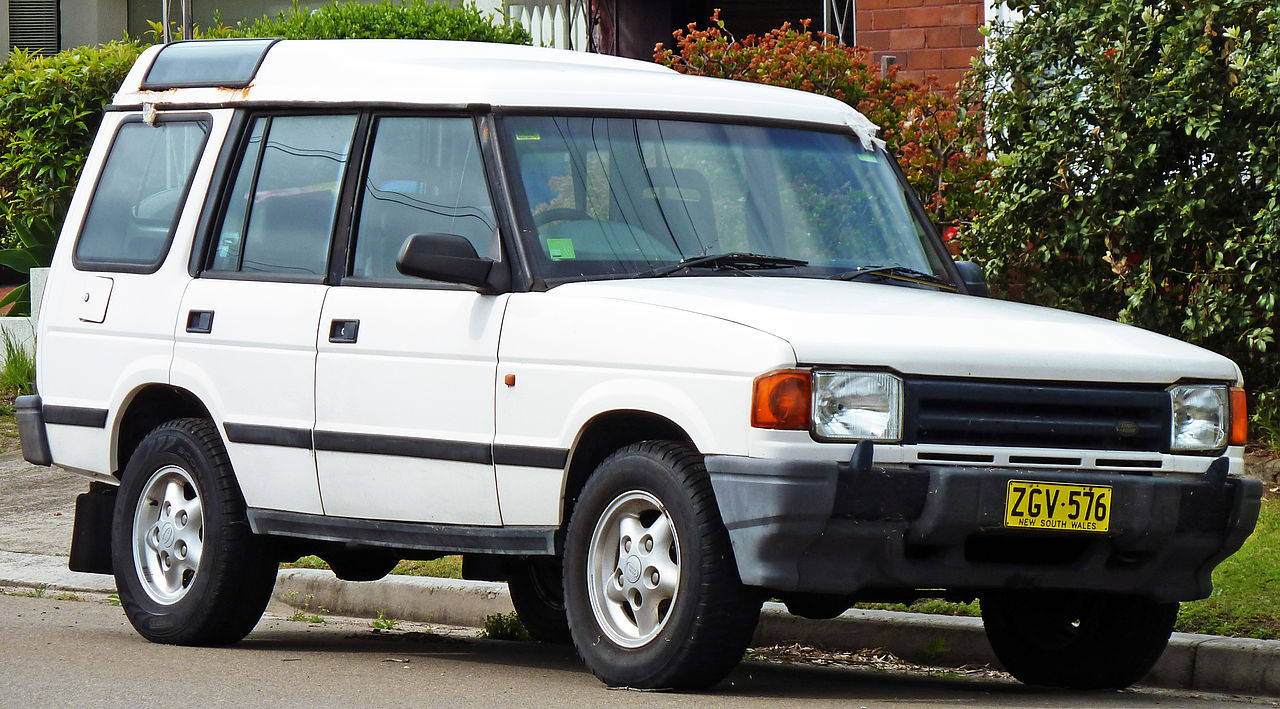 file 1994 1997 land rover discovery v8i 5 door wagon wikimedia commons. Black Bedroom Furniture Sets. Home Design Ideas