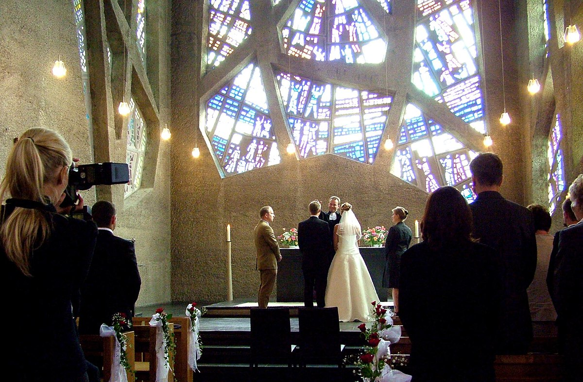 Marriage Officiant Wikipedia