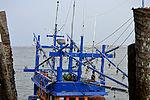 201304110752a Nam Khem Pier Fischmarkt.jpg