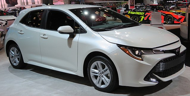 Corolla (E210) - Toyota
