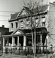 22 - 24 West Marshall Street (16597001398).jpg