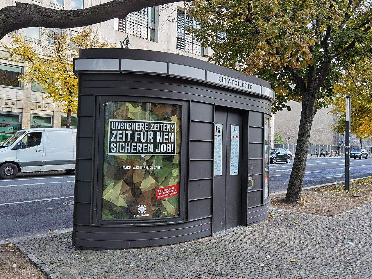 2775 Berlin.jpg