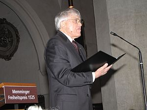 Reiner Kunze - Reiner Kunze in 2009 in the St. Martins Church at Memmingen