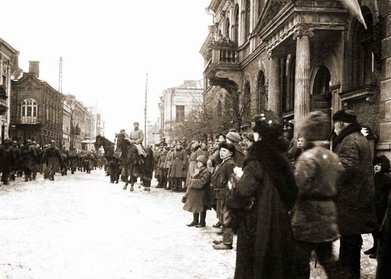 File:5 pp w Dyneburgu 1920.jpg