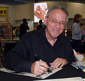 Mike Zeck - Zeck at the 2013 Wizard World New York Experience in Manhattan