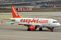 Airbus A319-111 Easyjet G-EZFV (8737923587).jpg