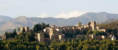 Alcazaba de Malaga desde el puerto