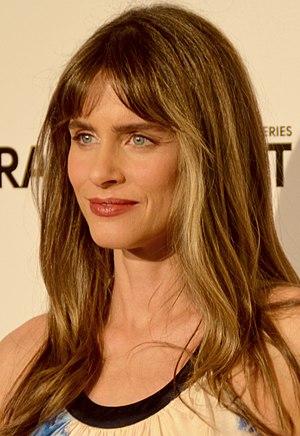 Peet, Amanda (1972-)