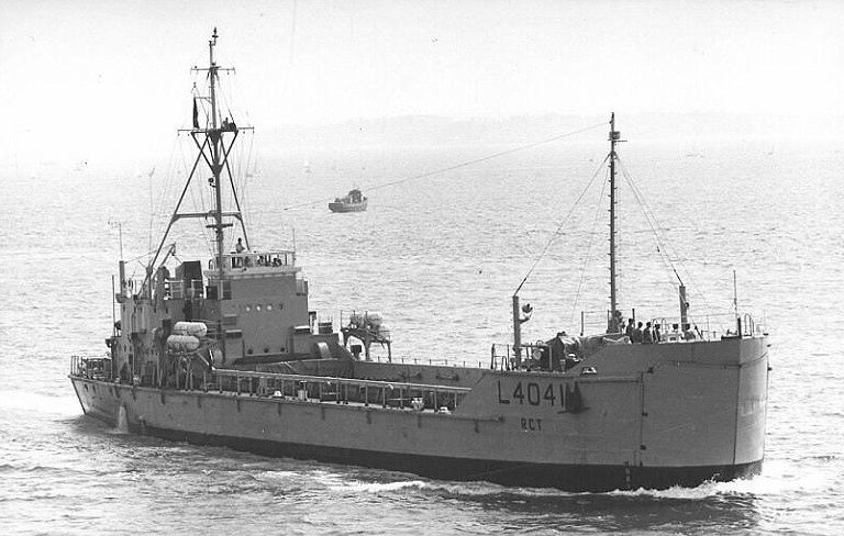 An old photo of HMAV Abbeville (L4041)