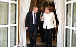 Angela Merkel and Vladimir Putin (2018-05-18) 09.jpg