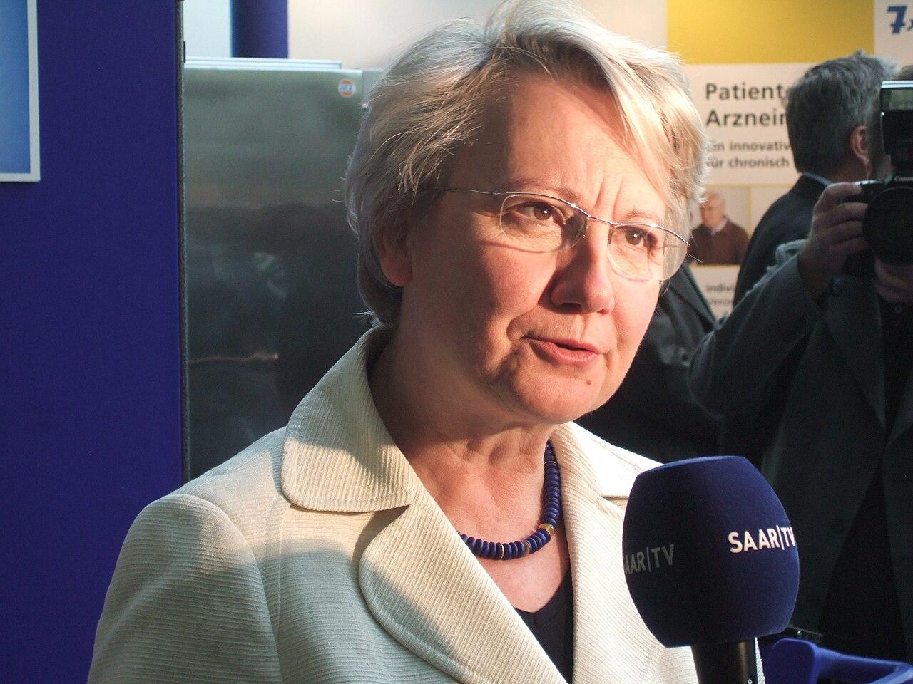 Annette Schavan 2008.jpg