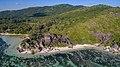 Anse Source d'Argent Schönster Strand der Welt Luftbild Seychellen (38908880074).jpg