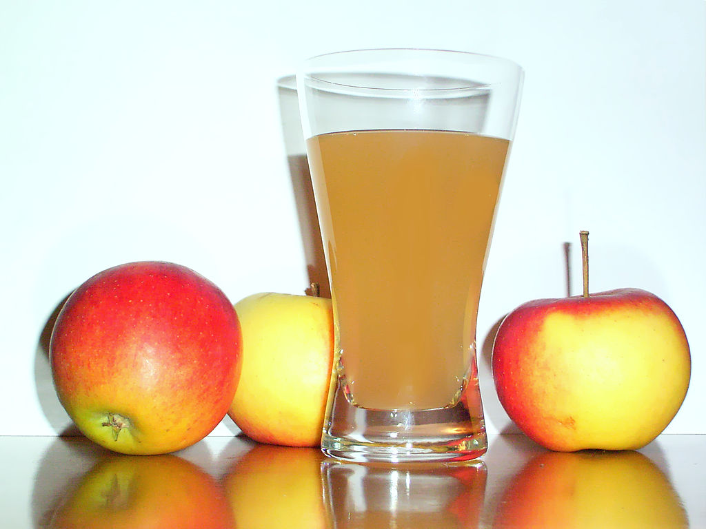 image of apple juice