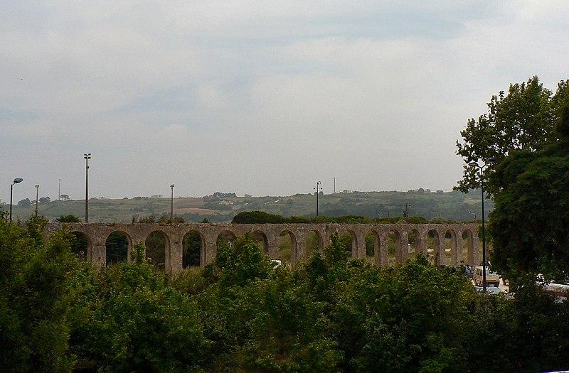 Image:Aqueduto de Óbidos.JPG