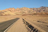 Artist's Drive Death Valley December 2013 001.jpg