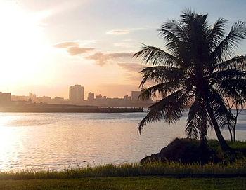Atardecer en La Habana.jpg