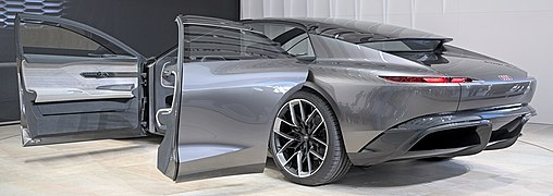 Audi Grandsphere Concept IAA 2021 1X7A0095.jpg