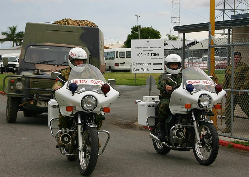 Image:Australian Perentie Land Rover and MP motorcycles.jpg