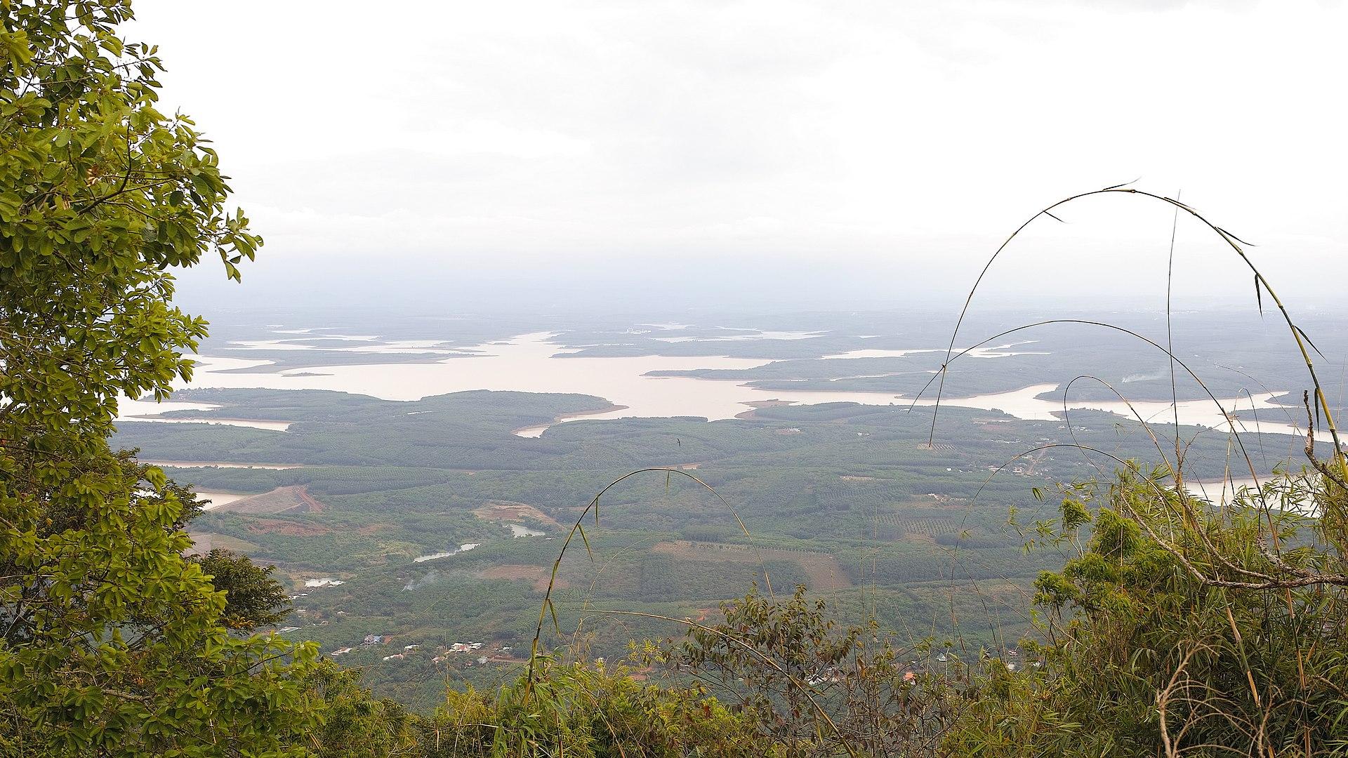 Hồ thủy điện Thác Mơ, Bình Phước. Ảnh Wikipedia