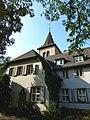 Bad Münster am Stein-Ebernburg – evangelisches Gemeindehaus vor dem Turm der ev. St. Martinkirche - panoramio.jpg