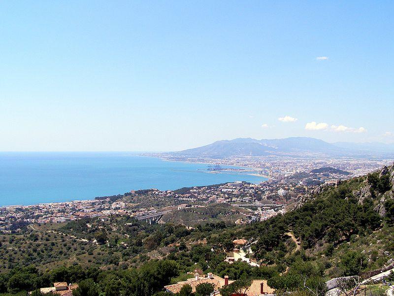 File:Bahía de Málaga.jpg