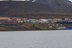 Barentsburg seaside.jpg