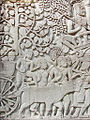 Bas-reliefs du Bayon (Angkor) (6912568135).jpg