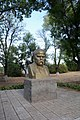Berestove Monument of T.Shevchenko 02 Near School and Club (YDS 4833).jpg