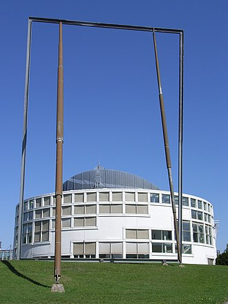 Isa Genzken - Spiegel (1991), Bielefeld, Germany