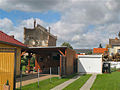 Blick von Ahornstr auf Baustelle Brauhaus Genthin.JPG