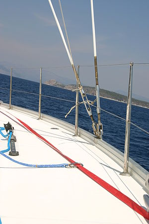 Jackline - Blue safety line tied off to the red jackline with clip