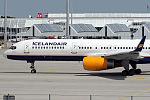 Boeing 757-208 Icelandair TF-FIN (9546256833).jpg