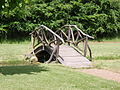 Bro fra haven bag herregården på Frilandsmuseet.JPG
