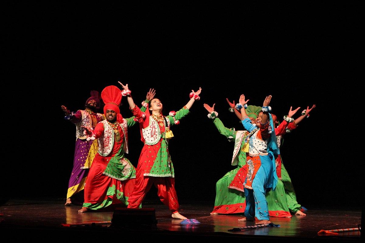Bhangra (dance) - Wikipedia