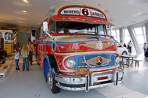 "Colectivo - Lots of character classic ""short snout"" 1969 MB LO1112 colectivo at the Mercedes-Benz Museum in Stuttgart."