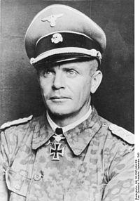 Bundesarchiv Bild 183-2005-0404-500, Heinz Harmel.jpg