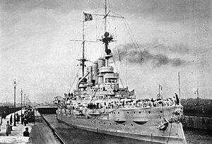 """SMS Deutschland (1904) - Image: Bundesarchiv DVM 10 Bild 23 61 08, Linienschiff """"SMS Deutschland"""""""