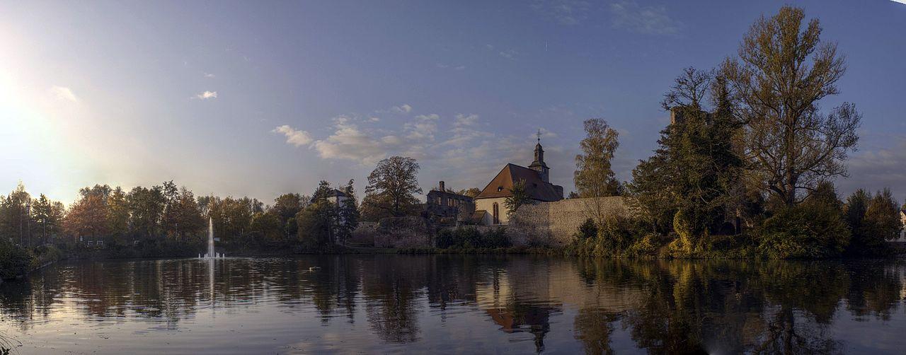 Burg Hayn, Dreieich.jpg