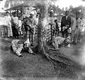 COLLECTIE TROPENMUSEUM Bruiloft te Ngulaq Musi Harimau Zuid-Sumatra TMnr 10002980.jpg