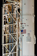 CRS5 Falcon9 On The Pad (15625782313).jpg