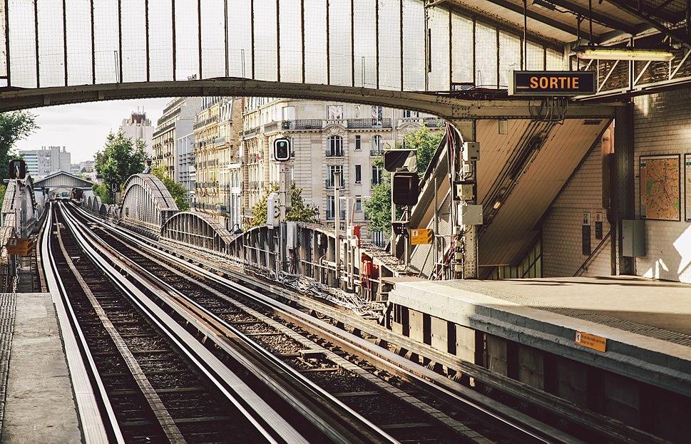 Cambronne Metro station, Paris September 2013 003
