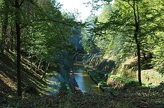 Marne–Rhine Canal - Image: Canal de la Marne au Rhin tunnel Niderviller