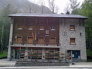 Canfranc - Canfranc town hall.